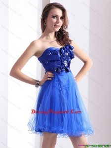 2015 Luxurious Pageant Prom Dresses with Beading and Hand Made Flowers