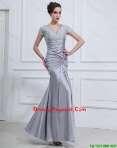 Wonderful Mermaid V Neck Pageant Dresses with Beading in Silver