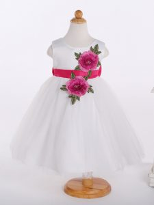 Custom Designed White Zipper Scoop Bowknot and Hand Made Flower Evening Gowns Tulle Sleeveless