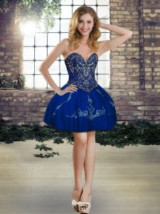 High Quality Sleeveless Mini Length Beading and Embroidery Lace Up Winning Pageant Gowns with Royal Blue