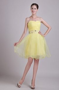 Pretty Sweetheart Short Yellow Beauty Pageants Dress with Beads in Organza