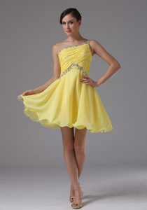 One Shoulder Yellow Ruched and Beaded Natural Beauty Pageant Dress for Cheap