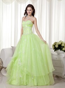 Yellow Green A-line Sweetheart Organza Pageant Dresses with Beading for Cheap