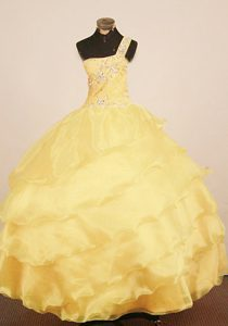 Chic One Shoulder Yellow Layered Organza Little Girl Pageant Dress with Beading
