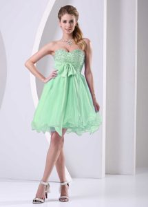Gorgeous Spring Green Sweetheart Beaded Short Pageant Dresses with Sash