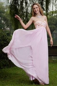 Sweetheart Floor-length Baby Pink Chiffon Prom Pageant Dress with Appliques