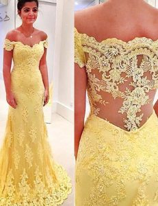 Inexpensive Mermaid Off the Shoulder Yellow Lace Side Zipper Winning Pageant Gowns Short Sleeves Brush Train Appliques