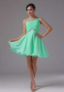 Custom Made Apple Green Pageant Dress Patterns with Ruche and Beading