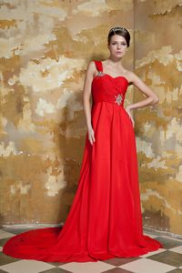 Cheap Red Empire One Shoulder Chiffon Pageant Dress with Watteau Train