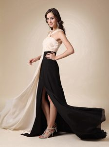 Champagne and Black V-neck Pageant Dresses for Miss World in Chiffon