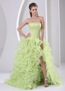 Low Price High Slit Yellow Green Brush Train Pageant Dresses with Ruffles