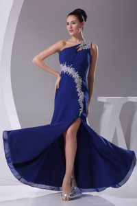 One Shoulder Royal Blue Slitted Pageants Dresses with Appliques in Chiffon