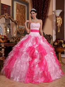 Lovely Ball Gown Sweetheart Floor-length Pageant Dresses in Organza