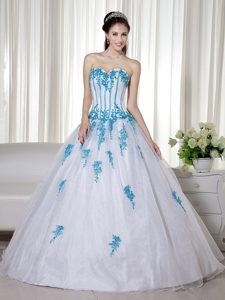 White Sweetheart Ball Gown Organza Prom Pageant Dresses with Blue Appliques