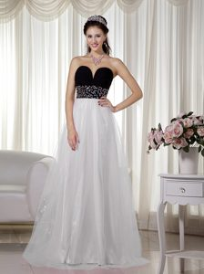 Simple White and Black Sweetheart Beaded Pageant Dress in Taffeta and Tulle