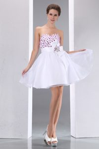 White Sweetheart Short Pageant Dresses with Beading and Sash in the Mainstream