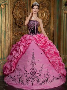 Fashionable Embroidered Long Girl Pageant Dresses in Rose Pink and Black
