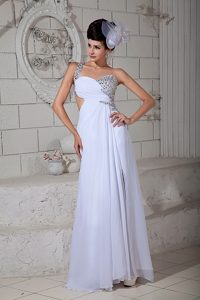 White Empire One Shoulder Low Price Pageant Dresses with Brush Train