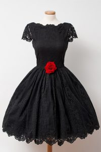 Latest Black Ball Gowns Hand Made Flower High School Pageant Dress Backless Lace Cap Sleeves Knee Length
