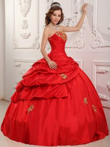 Magnificent Ball Gown Sweetheart Pageant Dress for Girls in Taffeta in Red