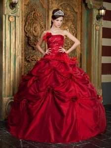 Romantic Strapless Prom Pageant Dresses in Taffeta with Flowers in Red