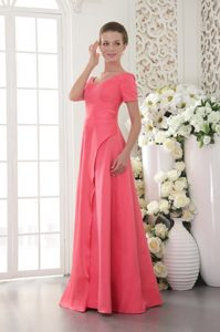 Righteous Coral Red Sheath Scoop Neckline Prom Pageant Dress in Satin